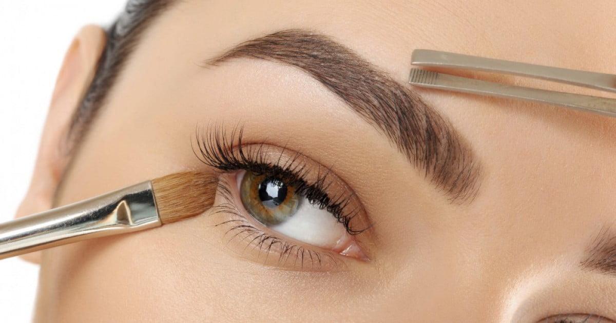 eyebrow tinting and correction